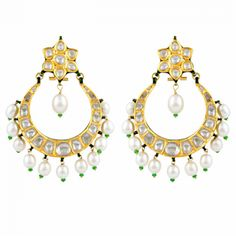 Polki – These have uncut diamonds as the main stone attraction. Alternatives include precious and semi-precious stones. It is impossible to duplicate these pieces when they have uncut diamonds. This is beacause no two uncut diamonds have the same shape.