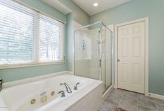 "Traditional Master Bathroom with Town Square 71.5"" x 42""Soaking Bathtub by American Standard, Ethos Series - Grey"