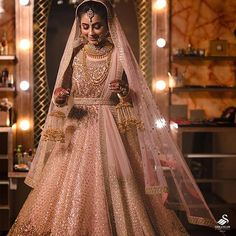 Get yourself dressed up with the latest lehenga designs online. Explore the collection that HappyShappy have. Select your favourite from the wide range of lehenga designs Pink Bridal Lehenga, Pink Lehenga, Indian Bridal Lehenga, Pakistani Bridal, Lehenga Chunni, Sabyasachi, Golden Bridal Lehenga, Lehanga Bridal, Shaadi Lehenga
