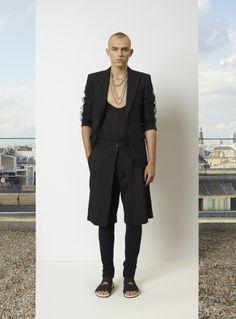 Jean Paul Gaultier Menswear Spring Summer 2014 Paris Fashion Show - More on http://nwf.sh/19K42nn