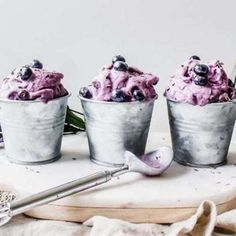 This creamy dreamy homemade gelato is made with blueberry, fresh lavender petals, and lemon juice for a sweet summer treat! It's made vegan and gluten-free, you'll be enjoying this soft serve gelato all summer long! Vegan Sweets, Vegan Desserts, Vegan Recipes, Dessert Recipes, Italian Gelato Recipe, Vegan Gelato, Gelato Flavors, Italian Snacks, Deserts