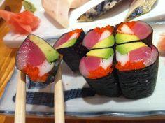 un-sushi (riceless sushi) Raw fish, avocado, fish eggs & crab in nori with no rice. #sushi #norice