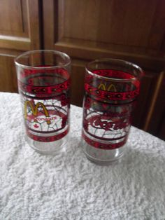 McDONALDS-Coca-Cola-Drinking-Glasses Coca Cola Glasses, Coca Cola Kitchen, Always Coca Cola, Mcdonalds, Coke, Clutter, Shot Glass, Drinking, Hobbies