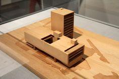 paulo mendes da rocha exhibits technique and imagination at the triennale (model)