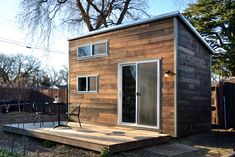 Priyan Nithya and Ally Muller built their 120 square foot house over the course of 10 months, with no construction experience. (Cabin fever: Are tiny houses the new American dream? Tiny House Cabin, Tiny House Living, Tiny House Plans, Tiny House On Wheels, Tiny Houses, Log Houses, Unusual Houses, Cottage Floor Plans, Micro House