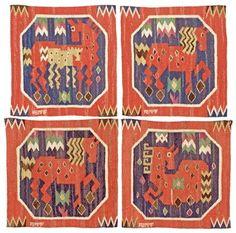 """VÄVNADER, 4 st. """"Röd häst"""". Gobelängteknik. ca 39,5 x 39 cm vardera. Signerade AB MMF. (AB Märta Måås-Fjetterström). Komponerade 1930. Tillverkade efter 1941."""