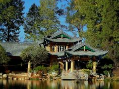 A House by the Lake - Lijiang, Yunnan