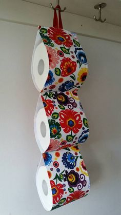 paper storage at the wall / 5 rolls / white with folk multi color flowers - Fabric Toilet paper Holder. paper storage at the wall / 1 5 Sewing Crafts, Sewing Projects, Bathroom Crafts, White Wrapping Paper, Multi Colored Flowers, African Home Decor, Toilet Roll Holder, Paper Storage, Creation Couture