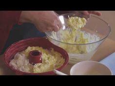 (49) Χριστουγεννιάτικη Τυρόπιτα   Mamatsita - YouTube Guacamole, Cooking, Ethnic Recipes, Food, Youtube, Christmas, Kitchen, Xmas, Essen