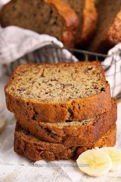 This homemade banana bread recipe is a classic quick bread everyone loves! It is so simple to prepare and makes a perfectly sweet and super moist treat! #spendwithpennies #bananabread #quickbread #snack #dessert #breakfast #bananabreadrecipe #classicbananabread Coconut Banana Bread, Homemade Banana Bread, Moist Banana Bread, Chocolate Banana Bread, Zucchini Banana, Melt Chocolate, Homemade Cornbread, Zucchini Bread, Chocolate Cake