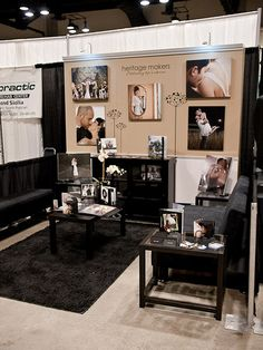Bridal Show Booth-love the use of a single wall    Like the single wall for the ease of it but am wondering what kind of material I can use that is durable but VERY light weight?