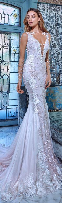 Galia Lahav - Coleção Primavera 2017 #noiva #vestidodenoiva #galialahav #weddingdress #weddinggown #bride #bridal #2017 #spring2017 #primavera2017 #noivinhasdeluxo