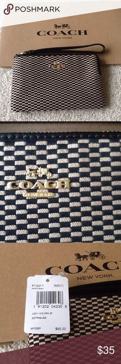 NWT Coach Wristlet NWT Coach Wristlet in classic fabric. Coach Bags Clutches & Wristlets