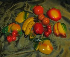 VINTAGE CHALKWARE FRUIT LOT OF 7 PIECES 1950s 1960s 1970s
