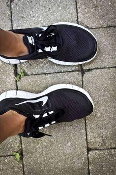 Nike shoes Nike roshe Nike Air Max Nike free run Nike Only for you . Nike Nike Nike love love love~~~want want want! Nike Shoes For Sale, Nike Shoes Cheap, Nike Free Shoes, Nike Shoes Outlet, Running Shoes Nike, Cheap Nike, Nike Outfits, Cute Shoes, Me Too Shoes