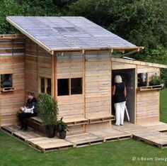 Tiny home built out of pallets.