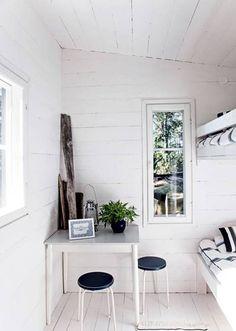 summer-house-scandinavian-style-black-white-decorating-ideas-2.jpg