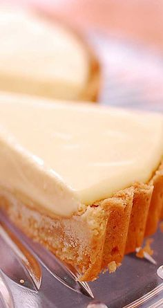 Recipe for French Lemon Cream Tart - It's creamy and light - yet rich and decadent too - and balances sweetness and tartness just right. and Photo: Velvet Lava Lemon Desserts, Köstliche Desserts, Lemon Recipes, Tart Recipes, Sweet Recipes, Baking Recipes, Delicious Desserts, Dessert Recipes, Yummy Food