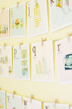 FREE.retro feel alphabet flashcard printables!