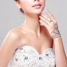 Bridal Bracelet With Ring Waterdrop Crystal Butterfly Pattern Handchain