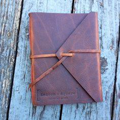 Large Leather Book Personalized Hand-bound por HuckleberryBooks