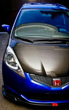 honda fit cabon hood Honda Fit, Honda Jazz Modified, Mazda Cars, Japan Cars, Subaru, Jdm, Cars And Motorcycles, Recipies, Racing