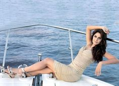 Katrina Kaif is the hottest actress of Bollywood. Download hot Photos, Katrina Kaif HD wallpapers, Images of Katrina Kaif from wikdigit.com
