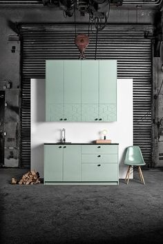 Mint Kitchen cabinet by Superfront. 5 Options to Upgrade Your IKEA Kitchen Cabinets Interior Desing, Home Interior, Kitchen Interior, New Kitchen, Interior Architecture, Mint Kitchen, Kitchen Office, Kitchen Hacks, Design Room