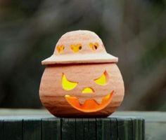 名前 VIDAL 誕生日 2012年1月7日身長 8.5cm 横幅 9cm体重 300gぐらい(生の粘土300gで作成)Halloweenのかぼちゃのラ...|ハンドメイド、手作り、手仕事品の通販・販売・購入ならCreema。