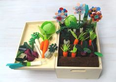 Felt Fabric Vegetable Garden Play Set, Toy Mini Garden // Pequeño huerto de verduras con fieltro #felt #garden #toys #play