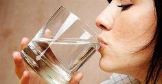 Японский метод лечения водой: самый простой путь к здоровью Японцы — признанные долгожители, их здоровью искренне завидуют жители других стран. Это очень популярный сегодня метод в Японии. Необходимо пить воду сразу после утреннего пробуждения. Для многих заболеваний вода является 100% лекарством. Японская медицинская ассоциация подтвердила целебный эффект обильного утреннего питья: лечение головных болей, проблем с сердцем, бронхита, расстройства желудка и других заболеваний происход