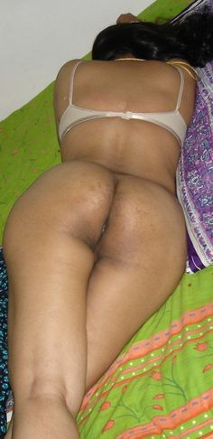 Naked pictures of women with small breast