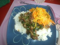 riz,achards de légumes et civet de lapin