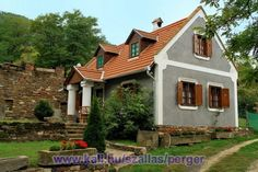 Old Country Houses, Rural House, Scandinavian Home, Cottage Homes, Home Hacks, Traditional House, Home Projects, House Plans, New Homes