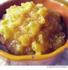 Homemade Applesauce- whether you just love applesauce, or want to make your own for the kids, this is a simple, easy to make recipe that you can make organic and gluten free!