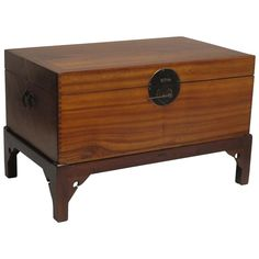 Chinese Camphor Wood Trunk on Stand 1