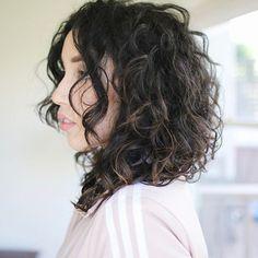 Bruna Vieira em transição capilar. Curly Hair.