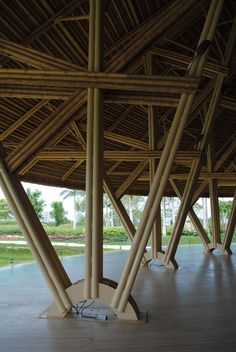 estructura bamboo joinery and connection used in architectural structures, bamboo construction Bamboo Structure, Organic Structure, Bamboo Building, Natural Building, Bamboo Architecture, Architecture Design, Architecture Models, Cabana, Bamboo House Design