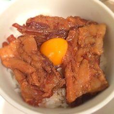 なんこつがトロっと柔らかくて美味しかった〜♡ 紅生姜とか葱欲しかったな(。-_-。) 明日の朝はお肌プルプルかしら♪(´ε` ) - 43件のもぐもぐ - 豚なんこつ角煮丼 by kirarihaha