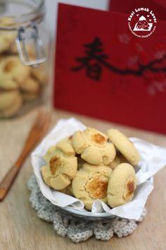 Nasi Lemak Lover: Hup Tou Sou Cookies ( 没有核桃的合桃酥)~~欢喜过马年