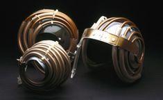 """Cascos """"Jedi"""" (los llamaron así realmente por el parecido) para realizar resonancias magnéticas del cerebro sin tener que romper el cráneo (1980)"""