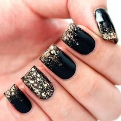 Gold and black nails - Nail Designs Picture