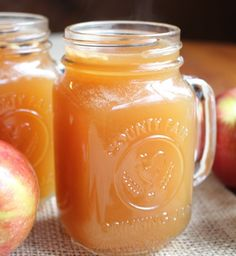 Spiked Ginger Apple Cider http://yumgoggle.com/spiked-ginger-apple-cider/ @Smalltowngrrl #fall #yum