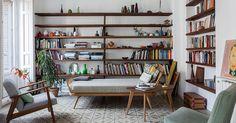 Casa Helena Rohner. Tan auténtica y bella como las joyas que crea es la casa de Helena Rohner en Madrid. Un nido familiar plagado de luz y piezas de diseño. La diseñadora nos recibe en un hogar que cuenta historias.