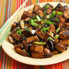Stir-Fried Marinated Tofu and Mushrooms - MARINADE: soy sauce + rice vinegar + sesame oil + red pepper flakes + 30 minutes