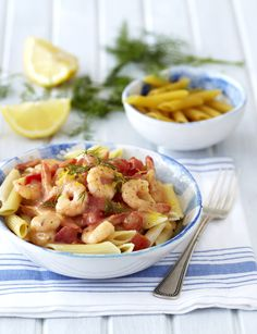 Pasta with Creamy Chilli-Garlic Prawns: light, bright and so easy! #Knorr