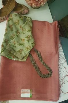 Saree Envy Sale - Buy Unique Designer High Quality Hand Crafted Sarees using Historical Hand Loom, Block Print, and Embroidered Techniques. Cotton Saree Blouse Designs, Fancy Blouse Designs, Saree Blouse Patterns, Trendy Sarees, Stylish Sarees, Fancy Sarees, Saree Accessories, Organza Saree, Georgette Sarees