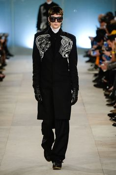 #londoncollectionsmen Jan 8-11 Photos-> http://intrend.fashion/index.php/london-fashion-week/fall-winter-2016-2017-menswear-fashion-shows/7590-ktz-menswear-fall-winter-2016-2017-london KTZ Fall/Winter 2016/2017 Collection  #lcm