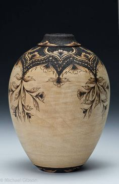 Jordan / Gibson Collaboration - Turning and Pyrography Great idea for design of a carving vase! - love the burned design Wood Burning Crafts, Wood Burning Patterns, Wood Burning Art, Wood Crafts, Diy Wood, Wood Turning Lathe, Wood Turning Projects, Wood Lathe, Wood Projects