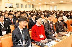 학생기자단은 전국 각지 하나님의교회(안상홍증인회) 학생들의 소식을 청소년 월간지 《소울》에 전달하는 소임을 맡고 2012년에 창단됐다.